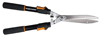 Fiskars 91696935J 25-33 Inch Power-Lever Extendable Hedge Shear