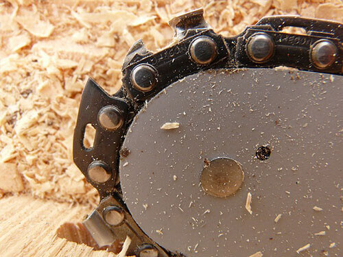 6 Best Chainsaw Chain For Hardwood 2020- Details Guide