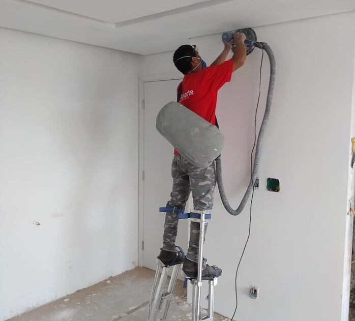 6 Best Electric Hand Sander For Drywall 2020: Expert Views