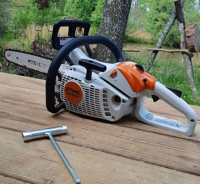 Best Lightweight Chainsaw